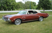 1971 Buick Skylark Custom convertible in Burnished Cinnamon (code 67), Sandlewood interior and tan top., exterior