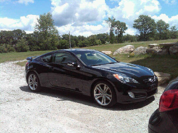 hyundai genesis coupe track. Black Bedroom Furniture Sets. Home Design Ideas