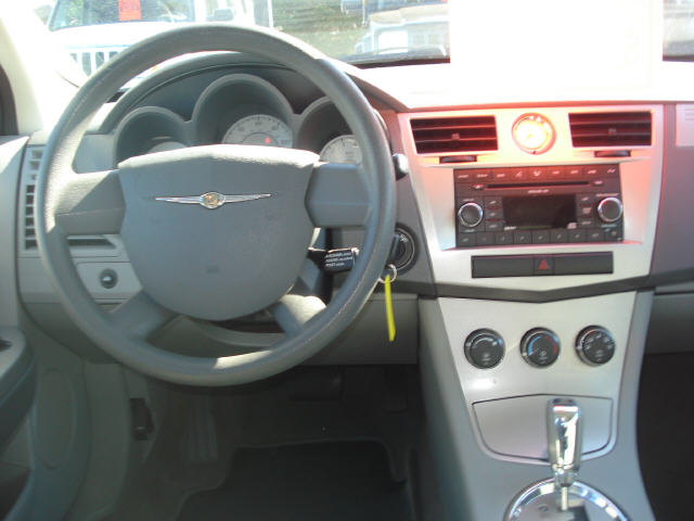 Chrysler Sebring Base Pic