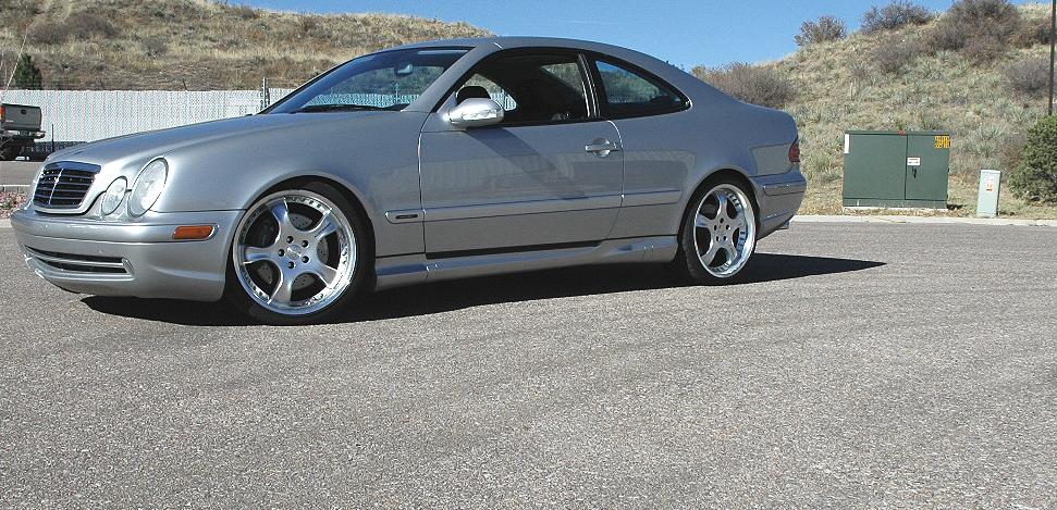 2000 Mercedes-Benz CLK-Class 2
