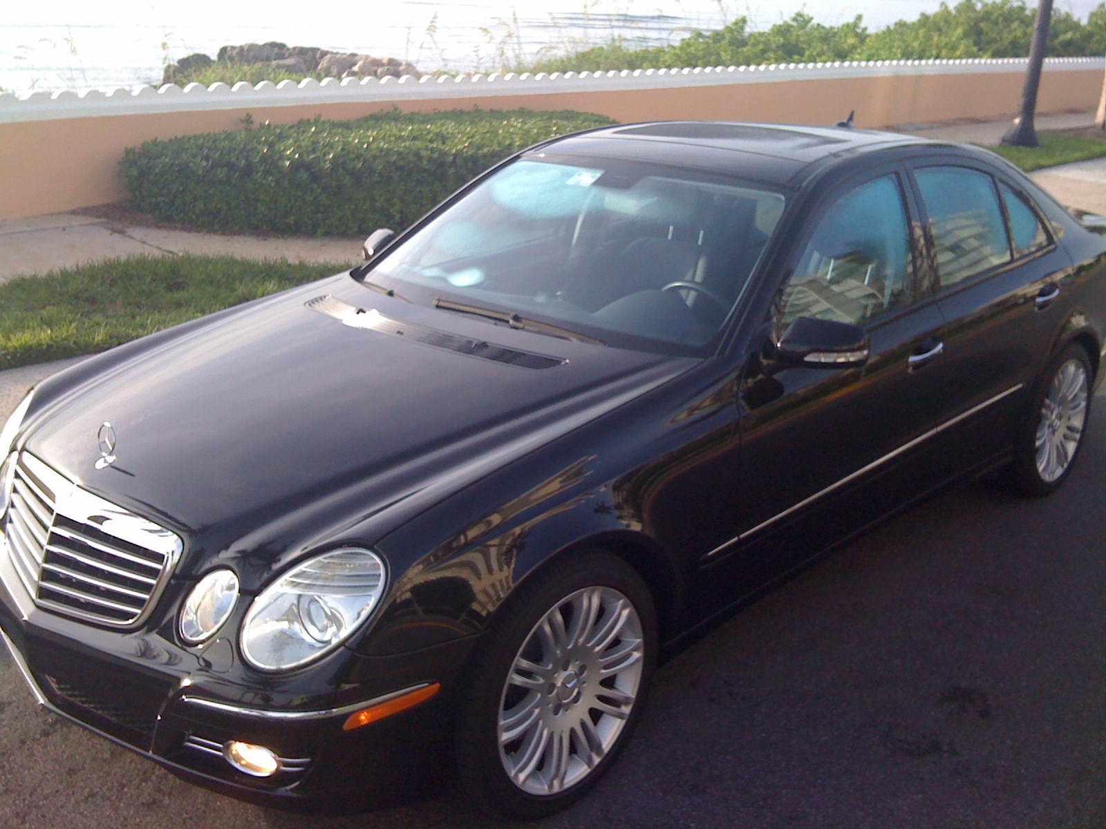 2009 mercedes benz e class exterior pictures cargurus. Black Bedroom Furniture Sets. Home Design Ideas