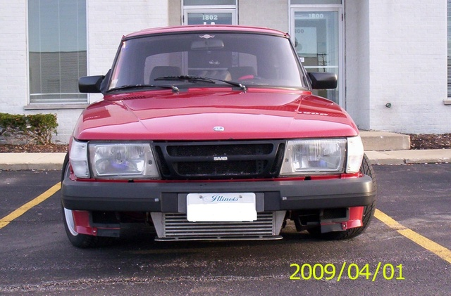 1985 Saab 900 - Pictures