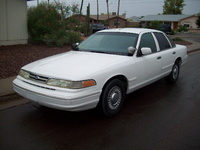1997 Ford Crown Victoria 4 Dr STD Sedan picture, exterior