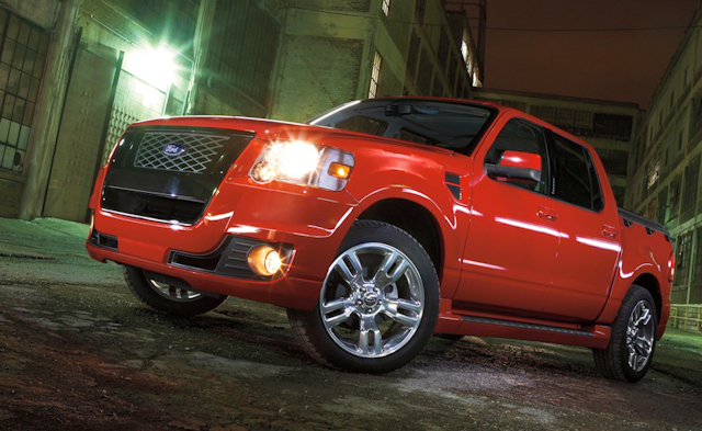 also on the sport trac adrenalin - Red Ford Explorer Black Rims