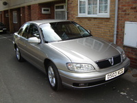 2003 Vauxhall Omega Overview