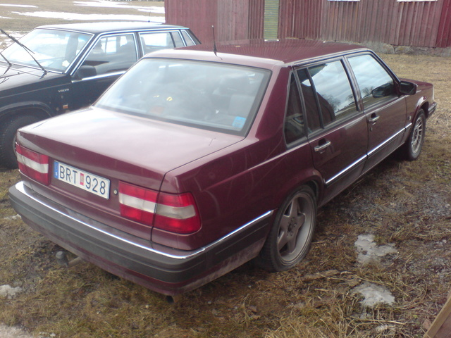Picture of 1992 Volvo 960 Sedan