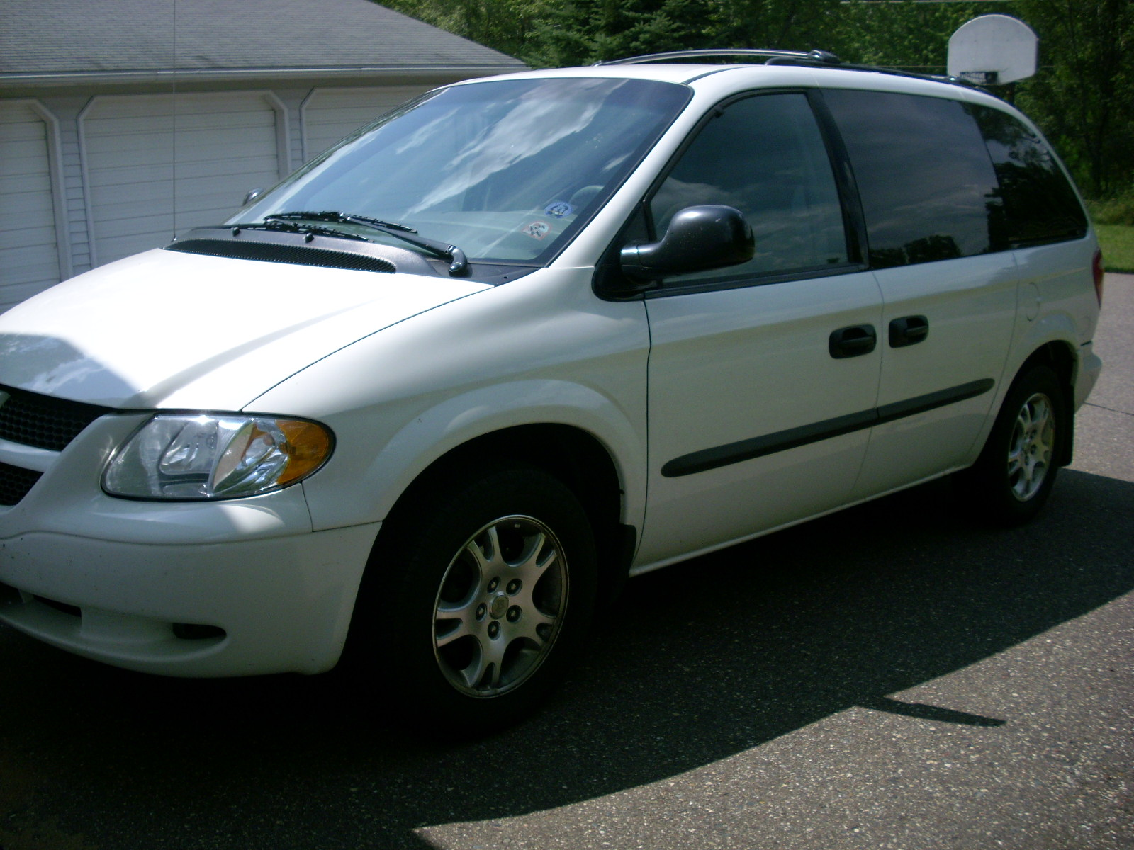 picture of 2003 dodge caravan sport exterior. Cars Review. Best American Auto & Cars Review