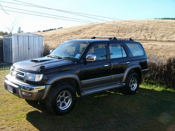 Picture of 1999 Toyota Hilux Surf, exterior