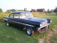 1957 Pontiac Chieftain Overview