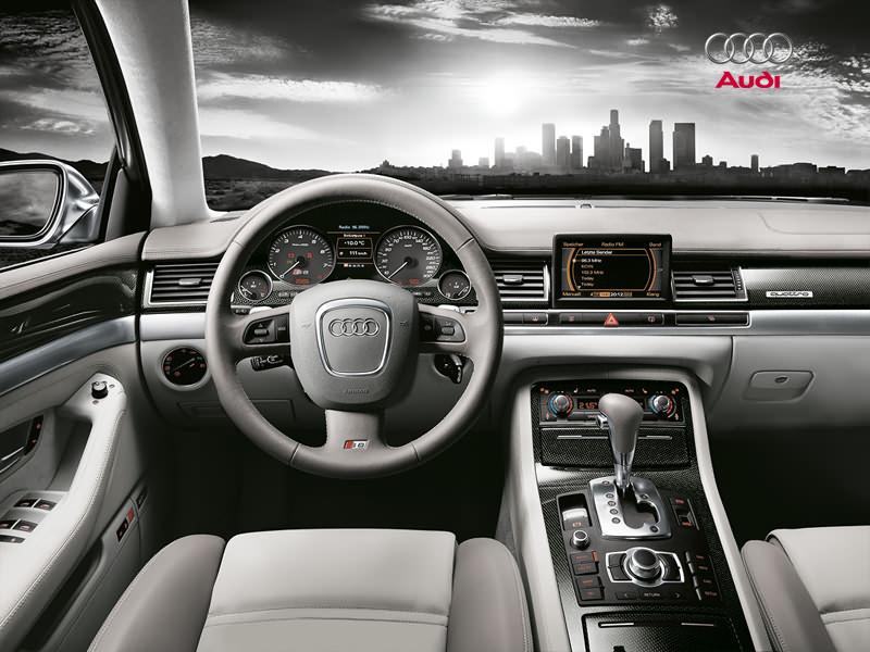 2009 Audi S8 Interior