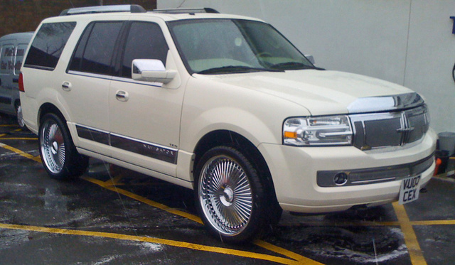 Picture of 2008 Lincoln Navigator Base 4WD, exterior, gallery_worthy
