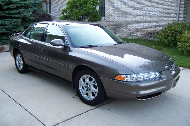 1999 Oldsmobile Intrigue 4 Dr GL Sedan picture, exterior