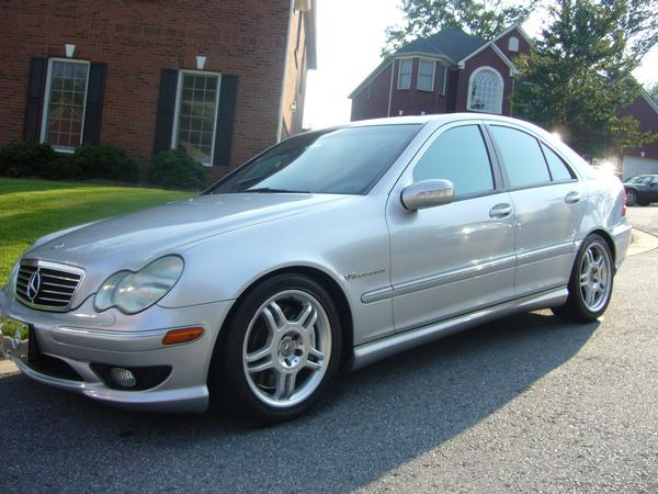 2002 Mercedes-Benz C32 AMG 4 Dr Supercharged Sedan picture