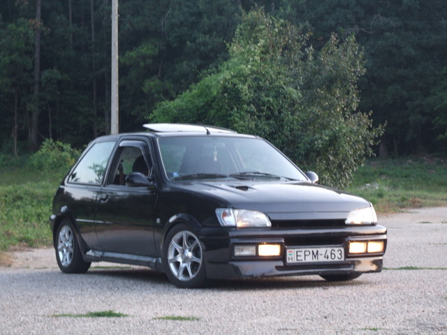 Picture Of 1990 Ford Fiesta Exterior