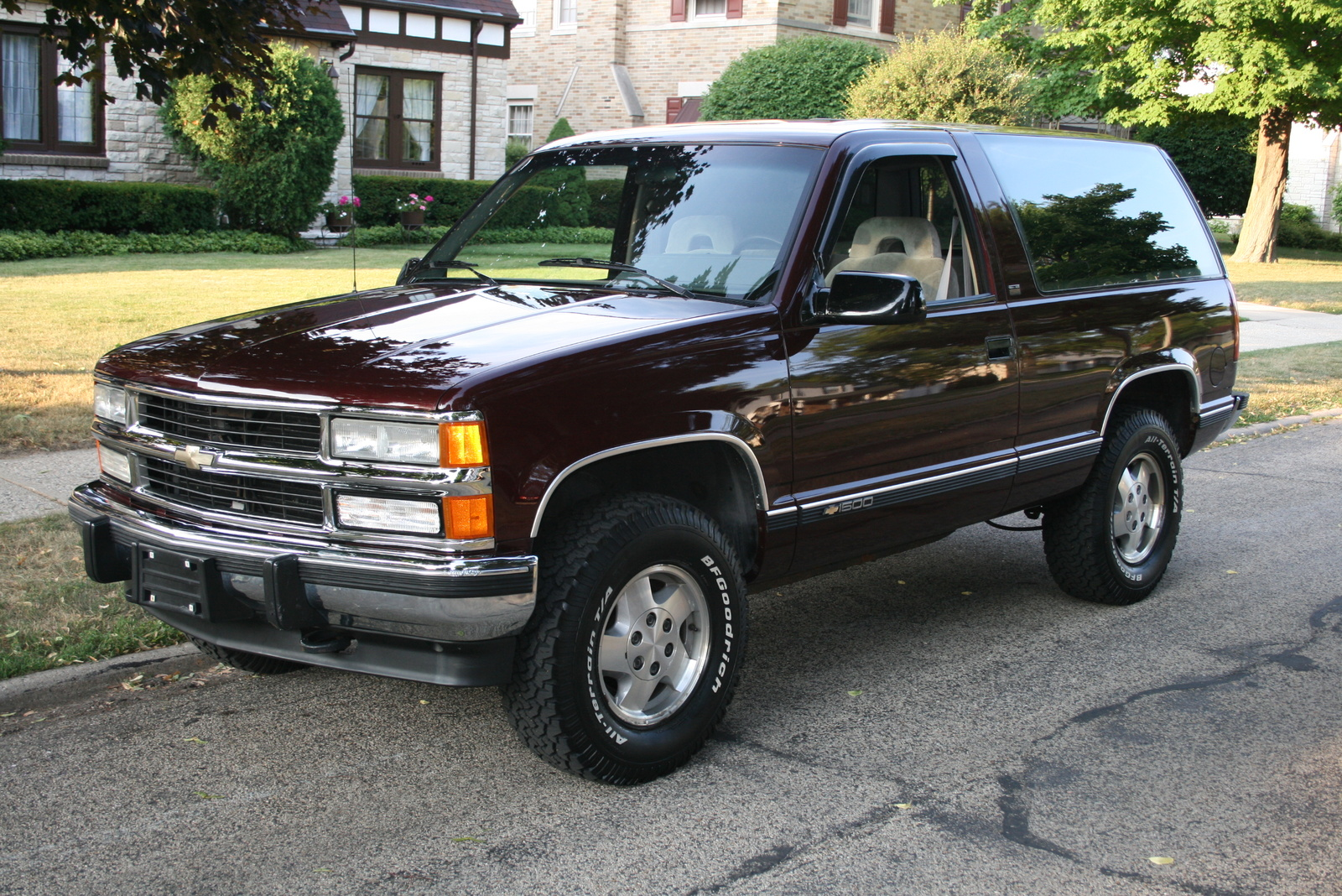 Picture of 1995 Chevrolet Tahoe