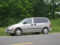 2004 Chevrolet Venture Plus picture, exterior