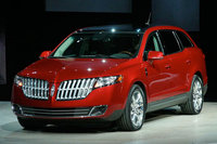 Picture of 2010 Lincoln MKT, exterior, gallery_worthy