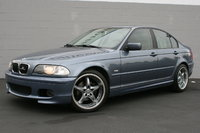Foto de un 2001 BMW 3 Series 325i Sedan RWD, exterior, gallery_worthy