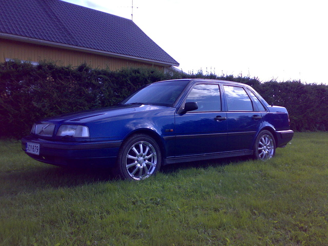 Picture of 1996 Volvo 460