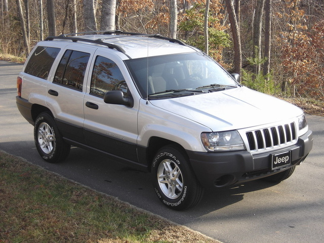 2004 Jeep Grand Cherokee Overview