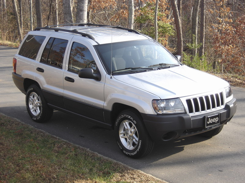 2004 Jeep Grand Cherokee Laredo picture