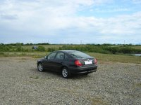 1998 Toyota Avensis Overview