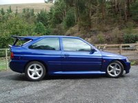 1995 Ford Escort Overview