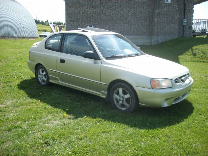 Picture of 2002 Hyundai Accent GS