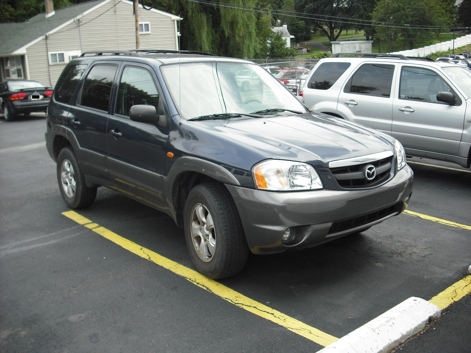 Picture of 2004 Mazda Tribute