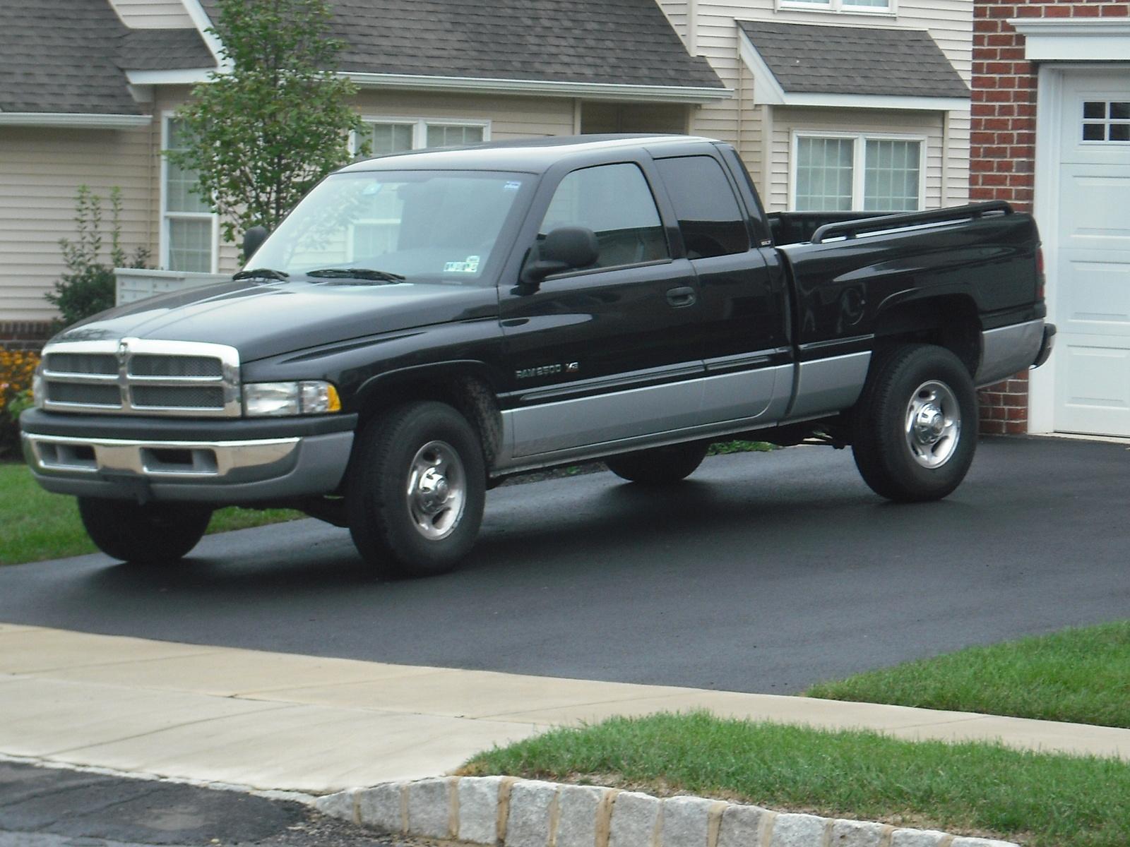 2001 dodge ram pickup 2500 pictures cargurus. Black Bedroom Furniture Sets. Home Design Ideas