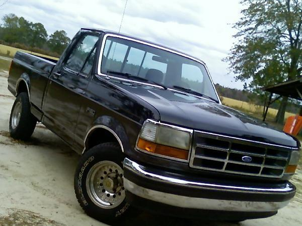 1993 Ford F-150 2 Dr XLT Standard Cab SB picture