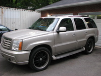 2002 Cadillac Escalade Overview
