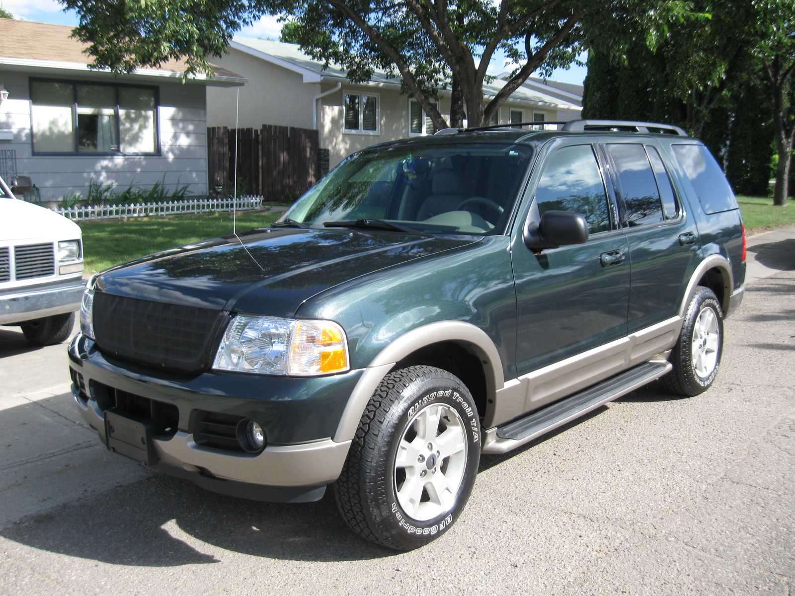 2003 Ford Explorer Eddie Bauer Review