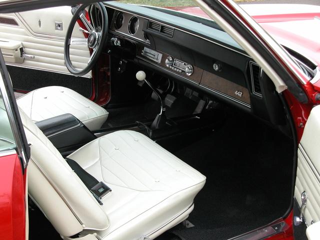 Oldsmobile Pic X