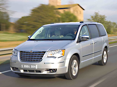 Picture of 2009 Chrysler Town & Country