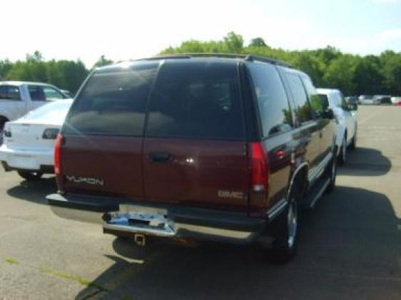 Picture of 1998 GMC Yukon 4 Dr SLE 4WD SUV, exterior