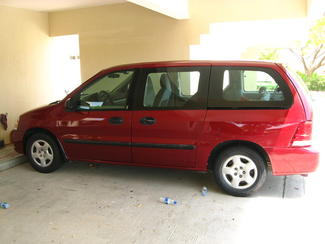 Foto de un 2007 Ford Freestar