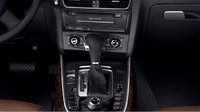 2010 Audi Q5, gear shift, interior, manufacturer