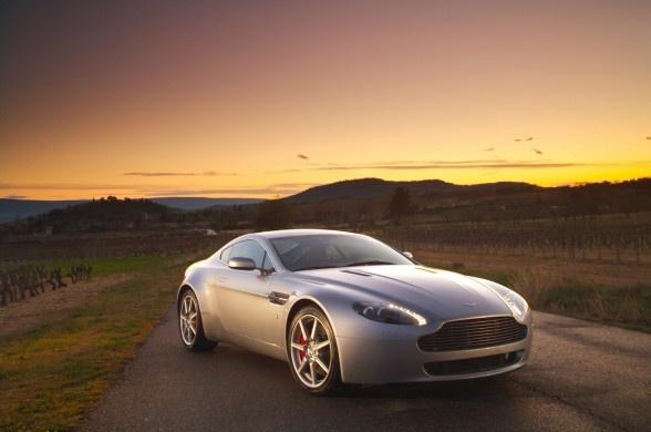 Picture of 2010 Aston Martin V8 Vantage