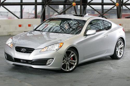 Hyundai Coupe. 2010 Hyundai Genesis Coupe 3.8