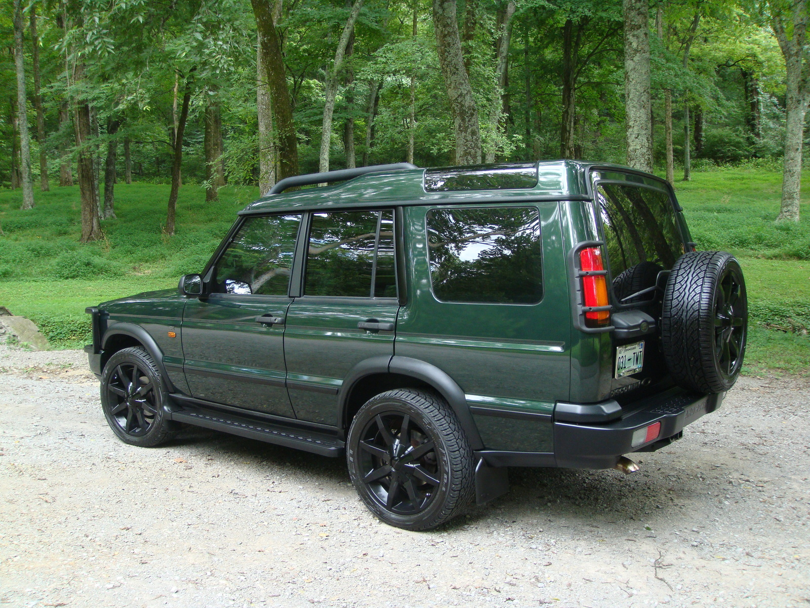 2004 land rover discovery pictures cargurus. Black Bedroom Furniture Sets. Home Design Ideas