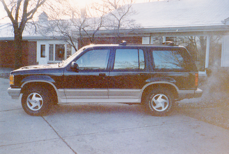 2003 Ford Explorer Eddie Bauer V8 AWD picture