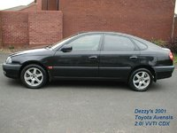 2001 Toyota Avensis Overview