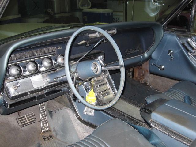 Ford Thunderbird Pic X