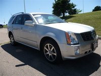 2004 Cadillac SRX Picture Gallery