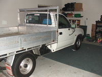 2001 Toyota Hilux Overview