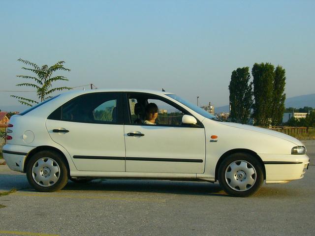 Picture of 2000 Fiat Brava