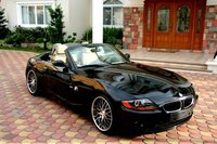 2004 BMW Z4 Overview