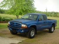 2000 Dodge Dakota Club Cab 4WD picture, exterior