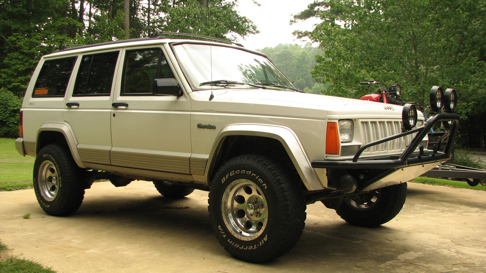 1996 Jeep Cherokee 4 Dr Country 4WD SUV picture